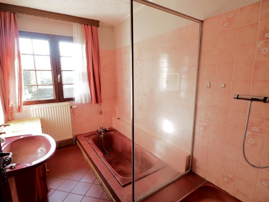EXCLUSIF ROUGEGOUTTE – Villa entièrement de plain-pied sur sous-sol