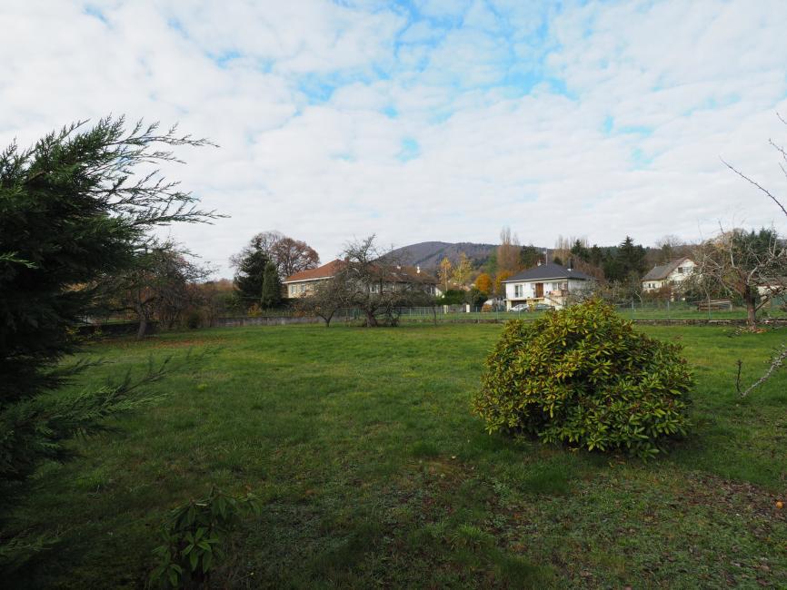 Giromagny plein centre ville : terrain de 754m2