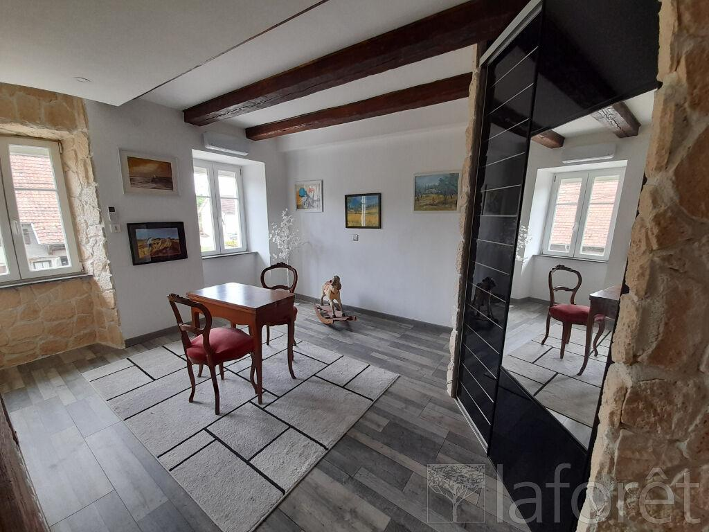 Maison Fontaine 5 pièce(s) 131.8 m²